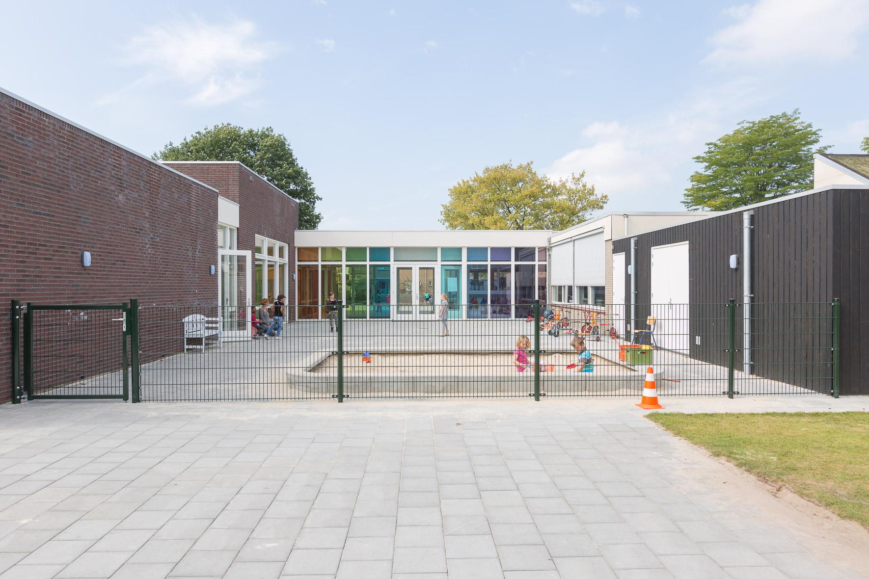 Kindercentrum bloemenoord marquart architecten b v for Dat architecten