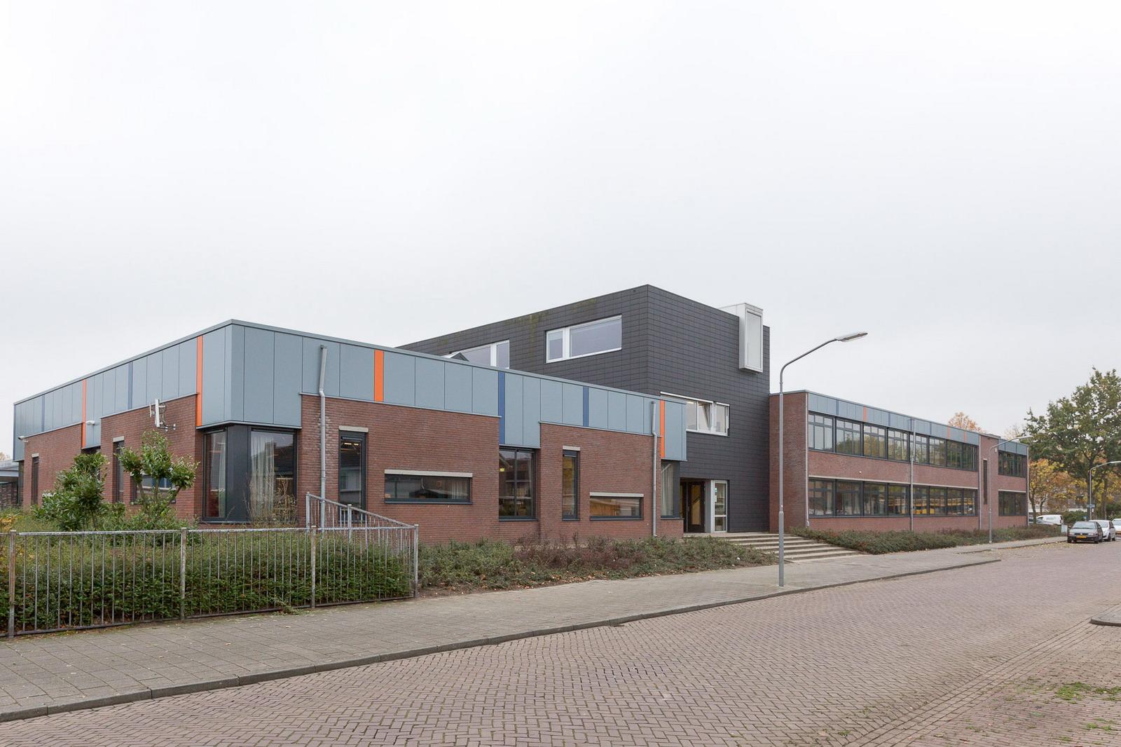 Dongemond college made marquart architecten b v for Dat architecten